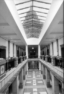 Photo of the capitol build hallway